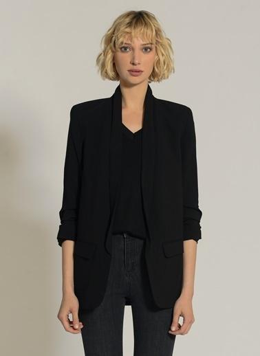 NGSTYLE Kolu Büzgülü Ceket Siyah